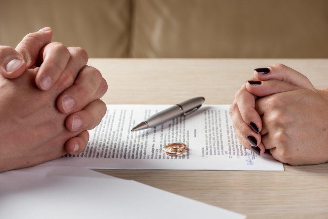 Divorce Attorney in Schaumburg IL